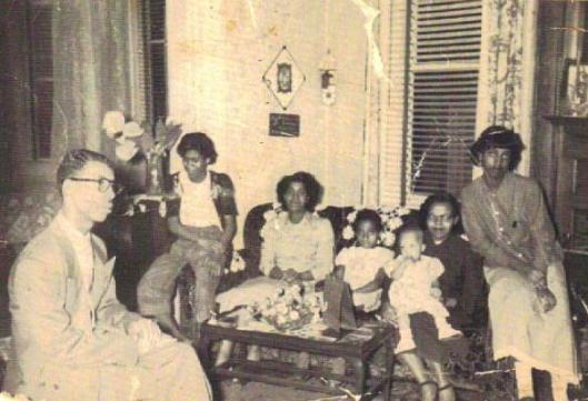 Wade Family..Uncle Jesse, Aunt Eleanor, Mom, Cookie, Aunt Ed